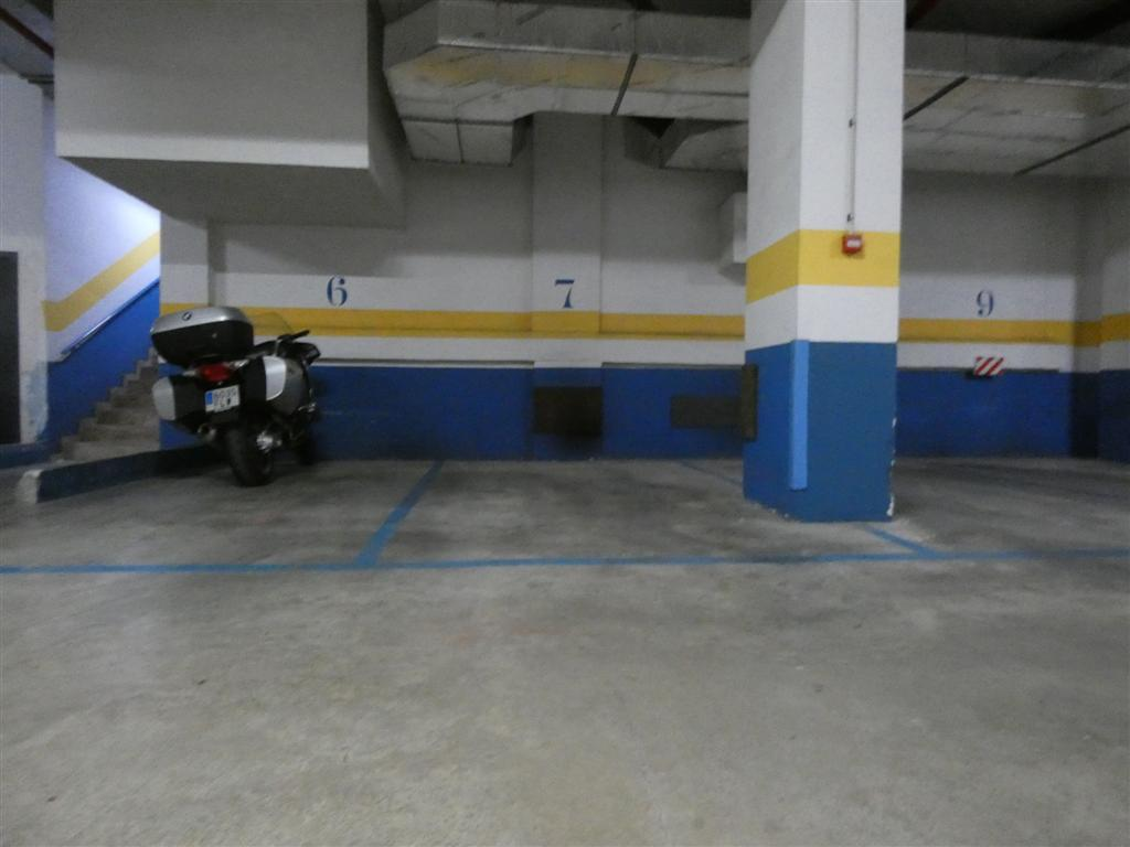 Se vende plaza de garaje valencia futurservice for Plaza de garaje almeria